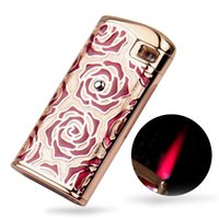 Rose Lady Women Jet Hot Pink Flame Capteur tactile à l'épreuve du vent Butane Gas Cigarette Cigar Lighter Xmas Gift
