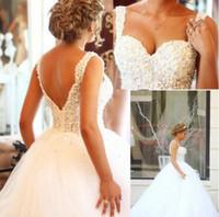 robe de mariée en porcelaine achat en gros de-Cristaux Romantiques Perles Chérie Dos Nu Robes De Bal Robes De Mariée Cour De La Chine Train De Tulle Blanc Mariée Robes De Mariée