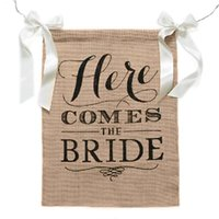 Wholesale Burlap Wedding Banners - Here Comes the Bride Burlap Banner Bridal Guide Flags for Wedding Party Decorative Item Photograghy Props