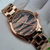 2016 Zebra-rayure Set lmitation diamant Noctilucent Clock Dial Quartz Strip Steel Montre Femme Mode Montre de luxe gros usine