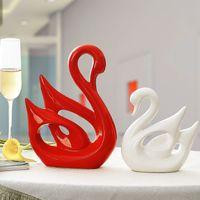 regalos de boda de cerámica al por mayor-Accesorios para el hogar creativo casa nueva decoración de cerámica 1 par rojo y blanco cisnes de cerámica mejor regalo de boda decoración del hogar