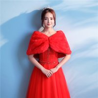 Wholesale Chinese Red Jackets - Beautiful Newest Red Faux Fur Bridal Wedding Jacket Orient Chinese Winter Warm Bridal Bolero Wedding Shawl Bridal Wraps For Wedding