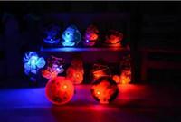 broches de árvore de natal venda por atacado-2-3 cm Decoração de Natal Broches Pinos Led Piscando Broche Xmas Tree Crianças Presentes Tema Festa de Natal Suprimentos Cosplay