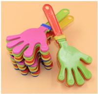 пластиковые хлопки оптовых-Экологичный пластиковый ручной клаппер хлопать игрушка развеселить ведущий хлопок для олимпийской игры в футбол Noise Maker Baby Kid Pet Toy