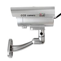 dummy security cameras achat en gros de-Argent CCTV Faux Emulational Extérieure Faux Dummy Caméra de Sécurité Leurre avec IR Sans Fil Clignotant Clignotant Rouge LED DPT_21H