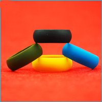 Wholesale Flexible Heart - Fashion Silicone Ring Multi Color Hypoallergenic Crossfit Silicone Rubber Flexible Ring Band For Wedding Engagement Party
