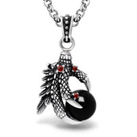 One Piece Man Super Cool Black / Red Stone Big CZ Eagle Claw Collier Pendentif pour Homme Femme