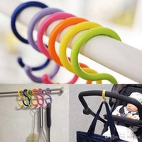 perchas de colores al por mayor-Colorido S-tipo Ganchos Ropa Toalla Percha Estante Soporte para colgar Cochecito de bebé CALIENTE H2010182