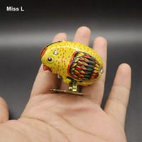 ingrosso giocattoli a vento in metallo-Wind Up Toys Animal Robot Chicken Pecking Metal Models Tirare indietro giocattolo interattivo per i bambini