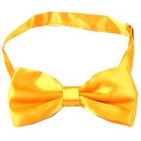ingrosso cravatta gialla per uomini-Cravatta a farfalla regolabile da uomo in raso con fiocco oro giallo solido BT14