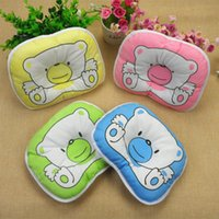 Wholesale maternal and child supplies Side Sleeper pro pillow This is a pillow used to correct your baby s head this pillow with cartoon pig pattern