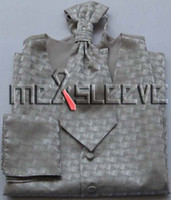 Gros-marié Suit Tuxedo Robe Vest cravate Bow Tie Mouchoir Set XL
