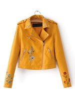 2017 Rosa Nero Giallo Candy Color Pu Giacca in pelle Turn Down Collar Rivetto Zipper Moda Cool Capispalla Cappotto Vestiti
