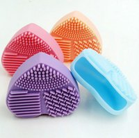 Wholesale Pad Eggs - 4 colors Heart shape Makeup Brush Cleaner Silicone Cosmetic Cleaning Tool Washing Brush egg Brushegg Pad Cosmetic Brush Cleanser Hot