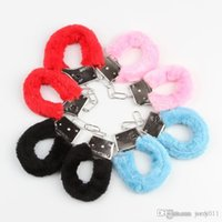 Wholesale Sexy Soft Handcuffs - Color Random Furry Fuzzy Soft Plastic Sexy Handcuffs Adult Hen Night Party Game Novelty Gift HG-Party-0007