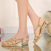 talons dorés fleurs achat en gros de-Talon bas strass sandales dames chaussures d'été en cristal fleur chaussures de fête de mariage violet or couleur noire grande taille 9