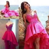 vestido de tule de fuschia venda por atacado-Hot Lace Rosa Frisada Alta Baixa Vestidos de Baile 2017 Querida Camadas de Tule Vestidos de Noite Backless Fuschia Pérolas Vestidos de Festa Formal