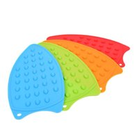 Wholesale function safety online - Silicone Iron Protection Rest Pad Multi Function Heat Insulation Non Slip Mat Tasteless Safety Pads Hot Sale zc J R