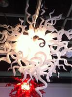 candelabros blancos de descuento al por mayor-Envío gratis AC Led bombillas 110 v / 240 v descuento excelente soplado blanco Murano Glass Chandelier en venta