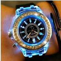Luminous Rhinestone Silicone Watch 7 colores que cambian
