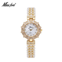 MISS FOX Montres de luxe en argent pour femme Type de soleil Pearl Shell Dial Japan Movt Pearl Watch Fashion Casual Simple Rhinestone Quartz Wristwatch
