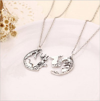 Wholesale Chrismas Tin - The New Alloy Jewelry Necklace Retro Trend Necklace Milu deer Couple Half a person Necklace Manufactures Chrismas Gift