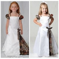 Wholesale 5t camo - Lovely Camo Flower Girl Dresses Spaghetti Straps Cap Sleeves Floor Length Camouflage First Communion Dress Kids Evening Gowns