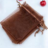 ingrosso borsa a tracolla marrone-Sacchetti di gioielli in organza marrone solido con cordino per gioielli Piccoli sacchetti di regalo per bomboniere Confezione regalo Confezione di caramelle Square 5 X7cm 2''X2.75 '' 100 pezzi
