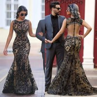 Crystal Black Full Lace Mermaid Robes de soirée Jewel Neck Beads Hollow Back Robes de bal sans manches Sweep Train Formal Party Dress