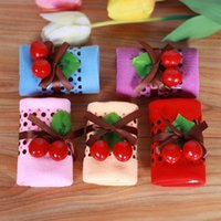 Wholesale Towel Gift Souvenir - Pure Cotton Cake Towel With Simulated Fruit Wedding Souvenirs Sponge Cakes Rolls Creative Promotional Small Gift 2 9ym F R