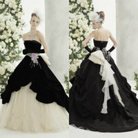 Wholesale Da Sposa - Abiti Da Sposa Gothic Black White Wedding Dresses 2017 A Line Strapless Long Tulle Bridal Wedding Gowns With Flower Vestidos De Novia