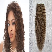 rallonges cheveux 12 bandes marron clair achat en gros de-Bande humaine dans la bande crépus bouclée brun clair dans les extensions de cheveux 100g humain 40g / pack
