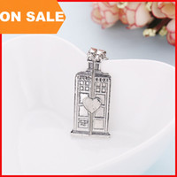 Wholesale Police Box Charm - DW Doctor Who Tardis Necklace Ancient Silver Police Box heart pendant Necklace charm jewelry for men women lovers Christmas gift 160485