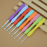 New Cheap 8pcs Multicolor Knitting Needles Mixed Metal Gancho Crochet Template Kit TPR E Alumínio Para Loom Tool Band DIY Crafts