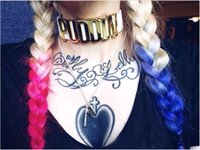 Vente chaude Harley Quinn PUDDIN Choker Suicide Squad Col Collier Collier Halloween Cosplay Choker Pop Culture Lettre Collier