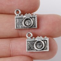 Wholesale-10pcs 12 * 13mm en alliage de zinc Antique Plaqué Argent Charms Camera Pendentifs Bijou Pour Collier braclets