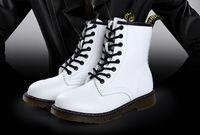 botas de invierno blanco venta al por mayor-Venta directa de la fábrica Otoño Invierno Blanco Retro Martin Boots Cálido cuña al aire libre de las mujeres Botas romanas Leisure Botines
