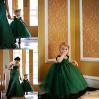 primeiro comunhão vestidos comprimento do chá venda por atacado-Lindo pequeno bebê flower girls vestidos para casamentos verde esmeralda cap mangas tea length em camadas vestido de baile primeiro vestido de comunhão