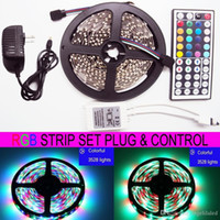 5M RGB LED Strip Light SMD3528 300 LED 60LED / M DC 12V 44KEY IR Telecomando 100-240V AC Adattatore Spina 24W 2A