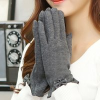 Fingerless Gloves black cotton gloves vintage - 2016 Vintage Design Brand Touch Screen Gloves Winter Warm Mittens Leather Bow Pattern Wrist Gloves for Smart Cell Phone ST6112