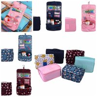 Wholesale wall hanging hangers - Portable Foldable Makeup Bag With Hanger Travel Cosmetic Bag Toiletry Bathroom Wash Storage Organizer Cosmetic Pouch Hanging Bag LJJK789