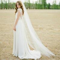 elfenbeinkamm zum verkauf großhandel-Hohe Qualität Heißer Verkauf Elfenbein Weiß Zwei Meter Lange Tüll Hochzeit Zubehör Brautschleier Mit Kamm