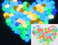 ingrosso pietre decorative da giardino ciottoli-Decorativo Glow Stone Night Rocks Ciottoli finti luminosi per la decorazione decorativa del giardino dell'acquario