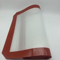 sınıf sayfaları toptan satış-Yapışmaz silikon pişirme paspaslar gıda sınıfı silikon fiberglas haddeleme sac mutfak bakeware pasta araçları Dab Yağ Fırında Kuru Ot Pedleri