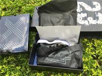 ingrosso nero 11s basso-WITH BOX 11S low Space Jam 11 bianco nero da uomo scarpe da basket mens sneakers sport XI scarpe da ginnastica in fibra di carbonio taglia 8-13 12