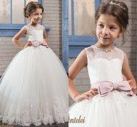 Wholesale Girls Dresses Yellow Floral - Princess Floral Lace Arabic 2017 Flower Girl Dresses Sheer Neck Vintage Child Dresses Beautiful Flower Girl Wedding Dresses F066