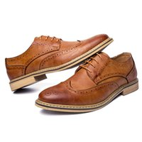 Wholesale Mens Winter Dress Shoes - 2017 Luxury Leather Brogue Mens Flats Shoes Casual British Style Men Oxfords Fashion Brand Dress Shoes For Men