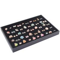 caja de presentación de anillo de terciopelo negro al por mayor-Envío libre Precio a granel Ventas calientes 100 Ranura Anillo de terciopelo negro Caja de exhibición de almacenamiento de joyería Bandeja Organizador Caso