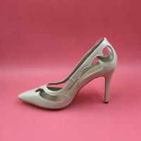 imagem sapatos de couro venda por atacado-2016 Real Imagem Do Casamento Sapatos De Noiva Cor Nude Couro De Patente PVC Estilo Verão Senhoras Sapatos de Festa Bombas de Moda Mais Mulheres Sandálias