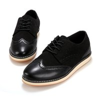 Wholesale New British Vintage Oxford Shoes - Noble Stylish Genuine Leather Vintage Carved Brogues Shoes Mens Casual Oxfords Shoes Hand Made Lace Up British Style High Quality Trendy New